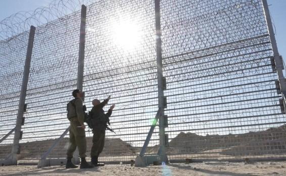 Israël débute la construction d'une barrière de 65 km le long de la frontière avec la bande de Gaza