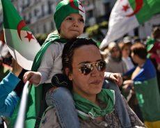 Au cœur de la manifestation, l'Algérie de demain est déjà rêvée