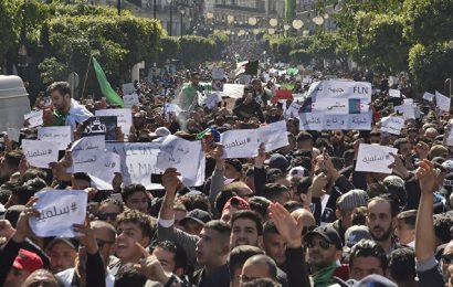 Algérie / De la «Paix des braves» de De Gaulle en 1958 au «4ème mandat + » de Bouteflika : un parallèle historique saisissant