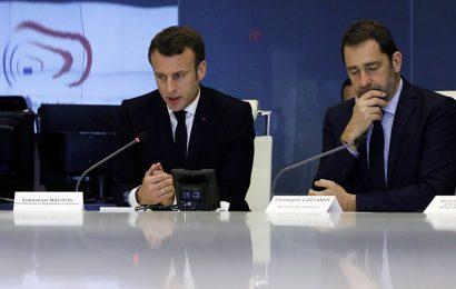 Le président français sous la pression de la rue et de l'opposition