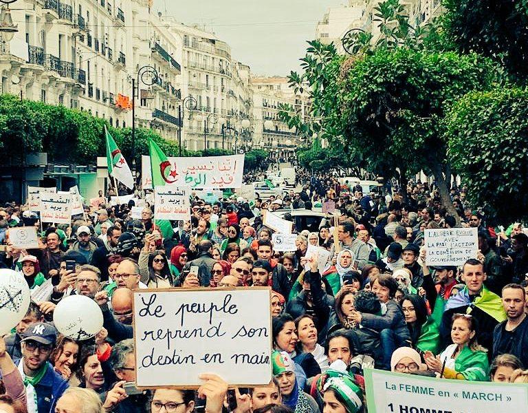 Algérie / Comment appliquer le principe « Par et pour le peuple » ?