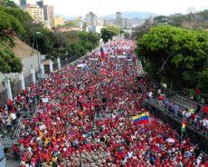 Venezuela / Devant une foule immense, Maduro tacle Guaido, «la marionnette diabolique» (VIDEOS)