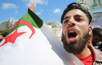 «Sur le plan économique, l'Algérie doit se libérer de la France»