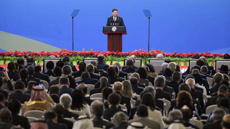Sommet à Pékin : le président chinois Xi Jinping défend ses Routes de la soie