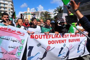 Algérie / Les étudiants se réapproprient le mouvement, lui donnent du souffle et ouvrent des pistes