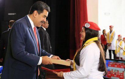 Rien ni personne n'arrêtera le cours de la révolution bolivarienne