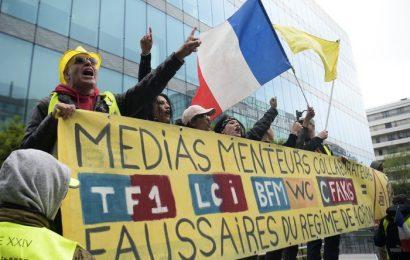 France / «Sujets interdits», journalistes «muselés» ? Les médias au cœur d'une conférence pro-Gilets jaunes