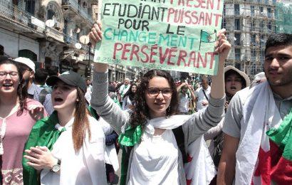 Algérie / 14ème marche des étudiants pour exiger le départ de tous les symboles du système