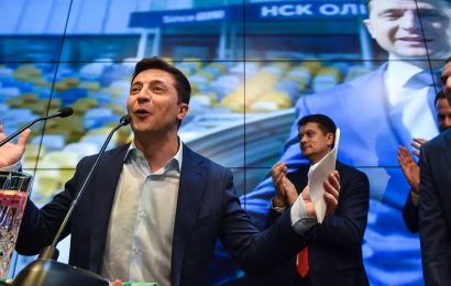 Ukraine / Zelensky investi président