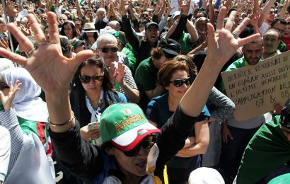 Algérie / Hirak» ou «intifadha» ?