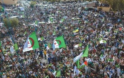 Algérie / Mouvement de dissidence populaire / 15e vendredi : le pouvoir au pied du mur