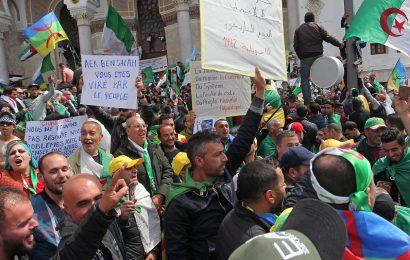 Algérie / Qui gère l'intifada populaire ?