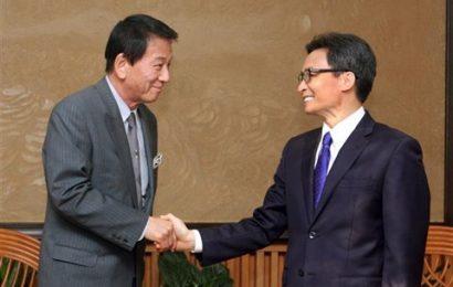Le vice-PM Vu Duc Dam rencontre l'ambassadeur spécial Vietnam – Japon