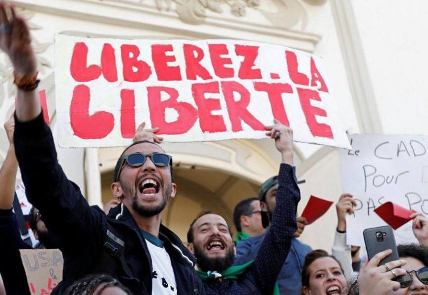 Algérie / Divergences idéologiques et structuration de l'intifadha populaire