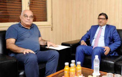 L'ambassadeur du Pakistan rend visite au Soir d'Algérie