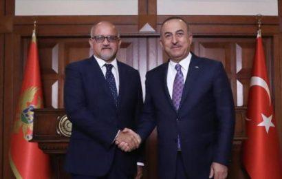 Turquie  / Cavusoglu : « Nous avons une ligne rouge au sujet de Chypre »