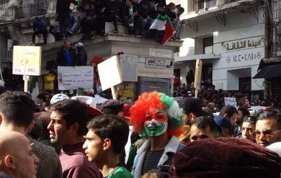 Impasse politique en Algérie: «Un dialogue ne se force pas, il s'établit!»