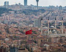L'UE exige que la Turquie mette fin à son offensive en Syrie et menace de couper les financements