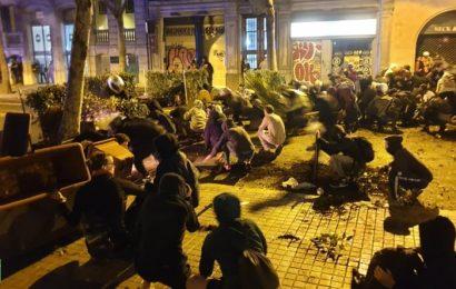 Espagne / Une nuit de tensions à Barcelone : le récit de notre reporter web sur place