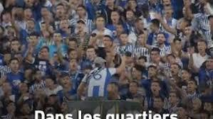 Des supporteurs de foot marocains chantent contre la monarchie