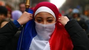 France / Le voile, encore et toujours plus
