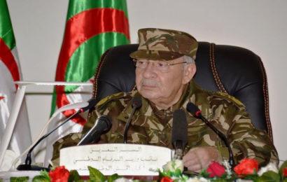 Algérie / Gaïd Salah: le peuple algérien a prouvé qu'il est «un peuple des grands défis»
