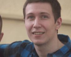 Russie / Un acte d'une déplorable injustice conduit deux jeunes militants derrière les barreaux