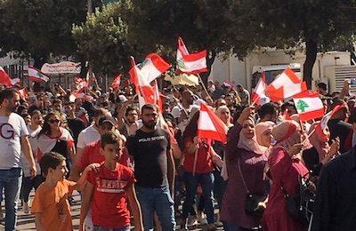 « Un vent nouveau souffle sur le Liban ». Retour en images sur les premières semaines de la révolution citoyenne au Liban