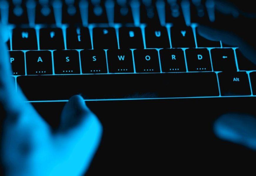 Rare incursion dans l'univers de néonazis canadiens grâce à une fuite de données