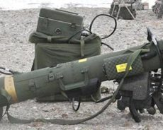 «Comment se fait-il que des gens qui vont combattre en Libye se retrouvent avec des armes françaises»?