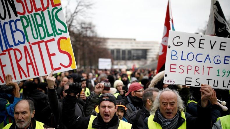 France / Acte 56 : vers la convergence des luttes entre syndicats et Gilets jaunes ?