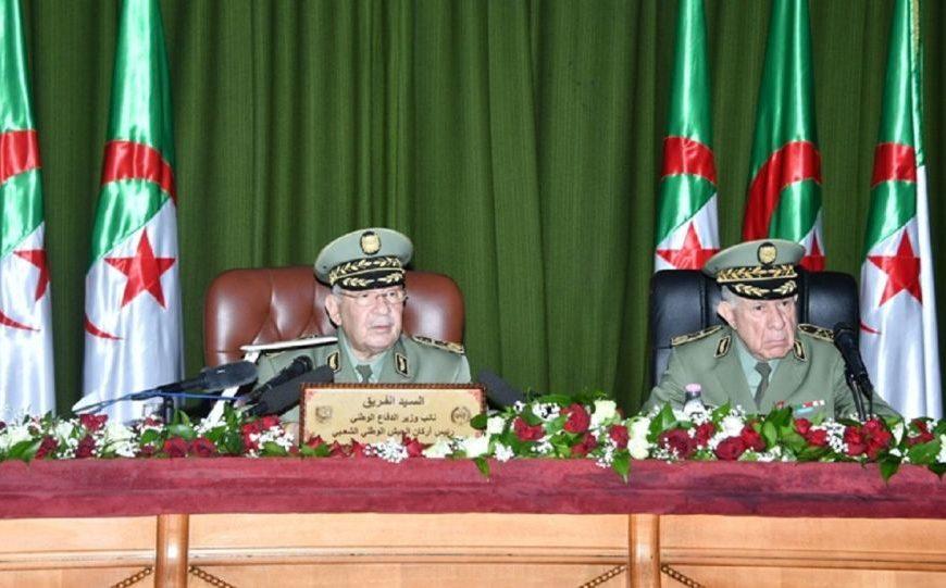 Mort du général Gaïd Salah: la cohésion de l'armée algérienne est-elle menacée?