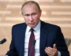 «Crapule antisémite»: Poutine ne mâche pas ses mots en parlant d'un ambassadeur polonais