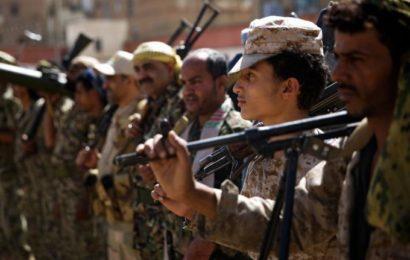 Les Houthis lancent de nouvelles attaques de missiles et de drones contre les installations pétrolières de l'Etat saoudien
