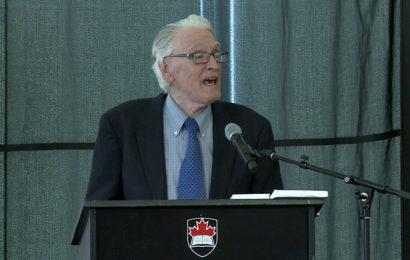 Le Dr Francis Boyle, créateur de la loi américaine sur les armes biologiques affirme que le coronavirus est une arme de guerre biologique