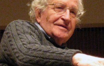 USA / Noam Chomsky et la théorie de la bicyclette – Entretien