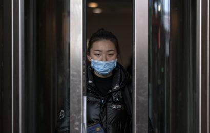 Coronavirus: les «deux tiers de la population mondiale pourraient être atteints»