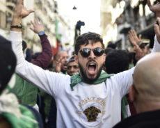 Algérie / A quelques semaines de son premier anniversaire, le Hirak ne faiblit pas (VIDEOS)