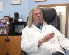 Pourquoi personne n'écoute l'expert mondial des virus qui dit qu'un traitement simple contre le Covid-19 existe ?