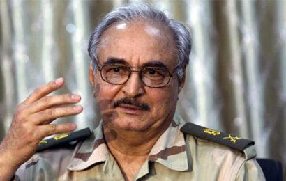 Affirmant avoir « le mandat du peuple », Haftar annonce être désormais le seul dirigeant de la Libye