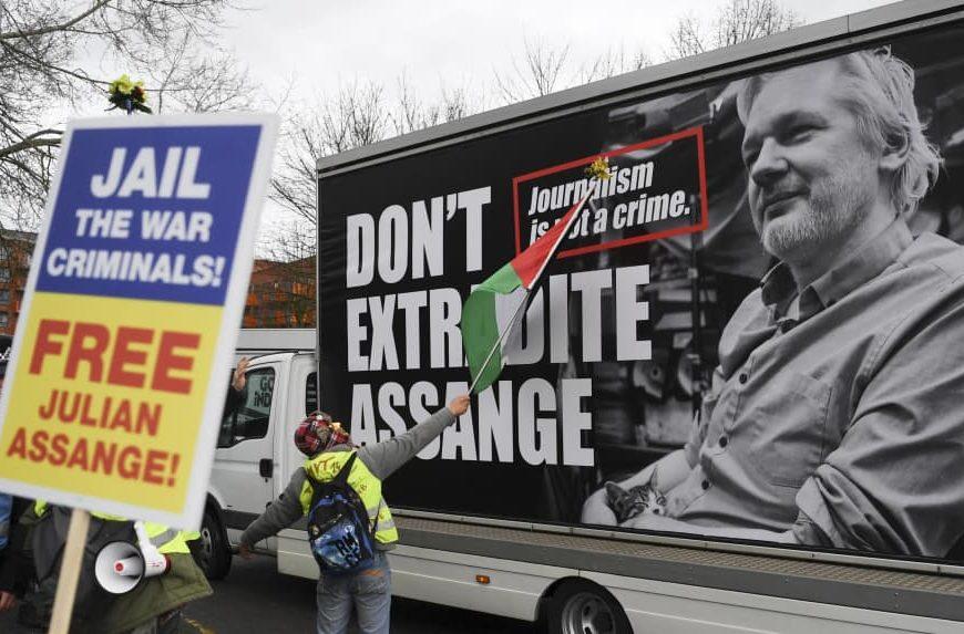 Extradition d'Assange : une nouvelle inculpation élargit les chefs d'accusation