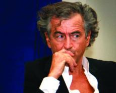 Crise libyenne : Bernard-Henri Lévy chassé de Tarhouna