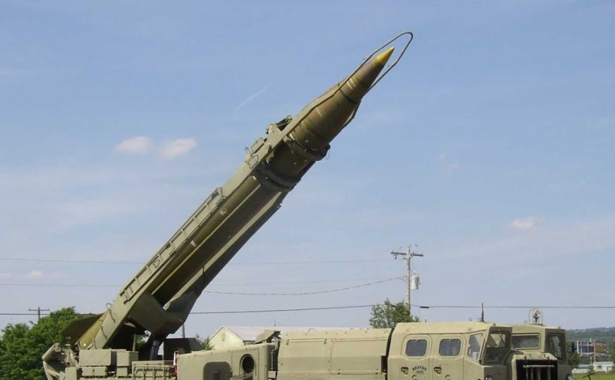 Libye: vers une guerre des villes à coups de missiles Scud?