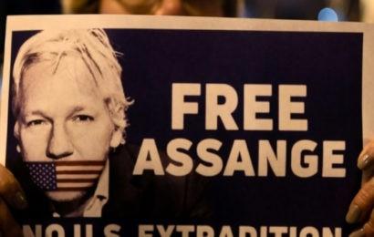 La parodie de procès de Julian Assange, une cruelle farce pseudo-juridique