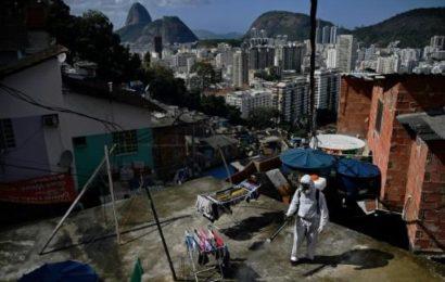 Vers une «très longue» pandémie, un demi-million de cas en Afrique du Sud