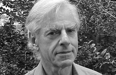 Dr. H. Bruce Franklin: « Depuis la Seconde Guerre mondiale, les États-Unis ont de plus en plus adopté les caractéristiques d'un État fasciste »