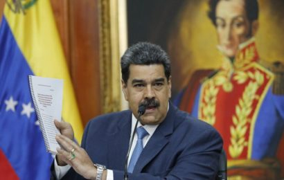 Maduro gracie plus d'une centaine d'opposants