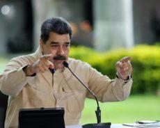Maduro annonce la capture d'un «espion américain» près de raffineries au Venezuela