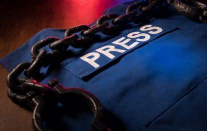 France / Les journalistes : obéissants, ou traités comme des « délinquants ? »