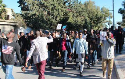 Alger: «Des terroristes arrivés comme réfugiés en Algérie» avec l'aide «d'ONG sionistes»